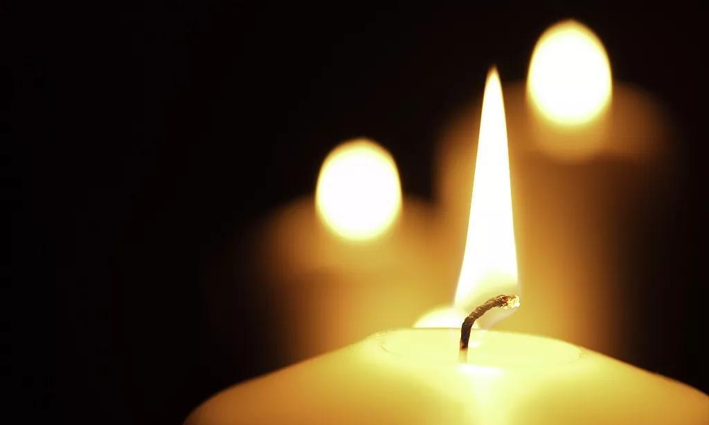 清明节,铭记疫情中逝去的每一个生命!