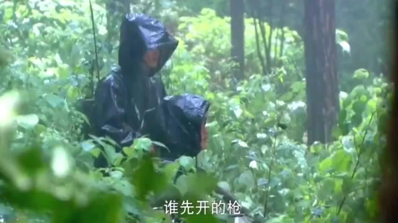 八路军狙击手在森林里,一人干掉鬼子的中队