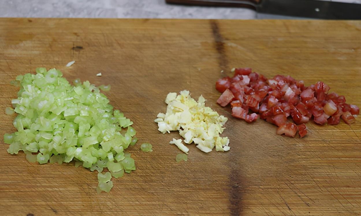 天冷就想吃一锅肉沫炖粉条,口感好味道香,冬天百吃不腻的农家菜