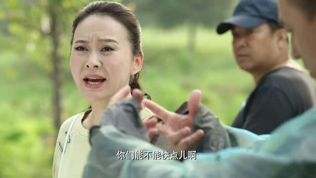 福星盈门:梁珊正在剧组,没想到建杰突然来了,还要演戏过过瘾!