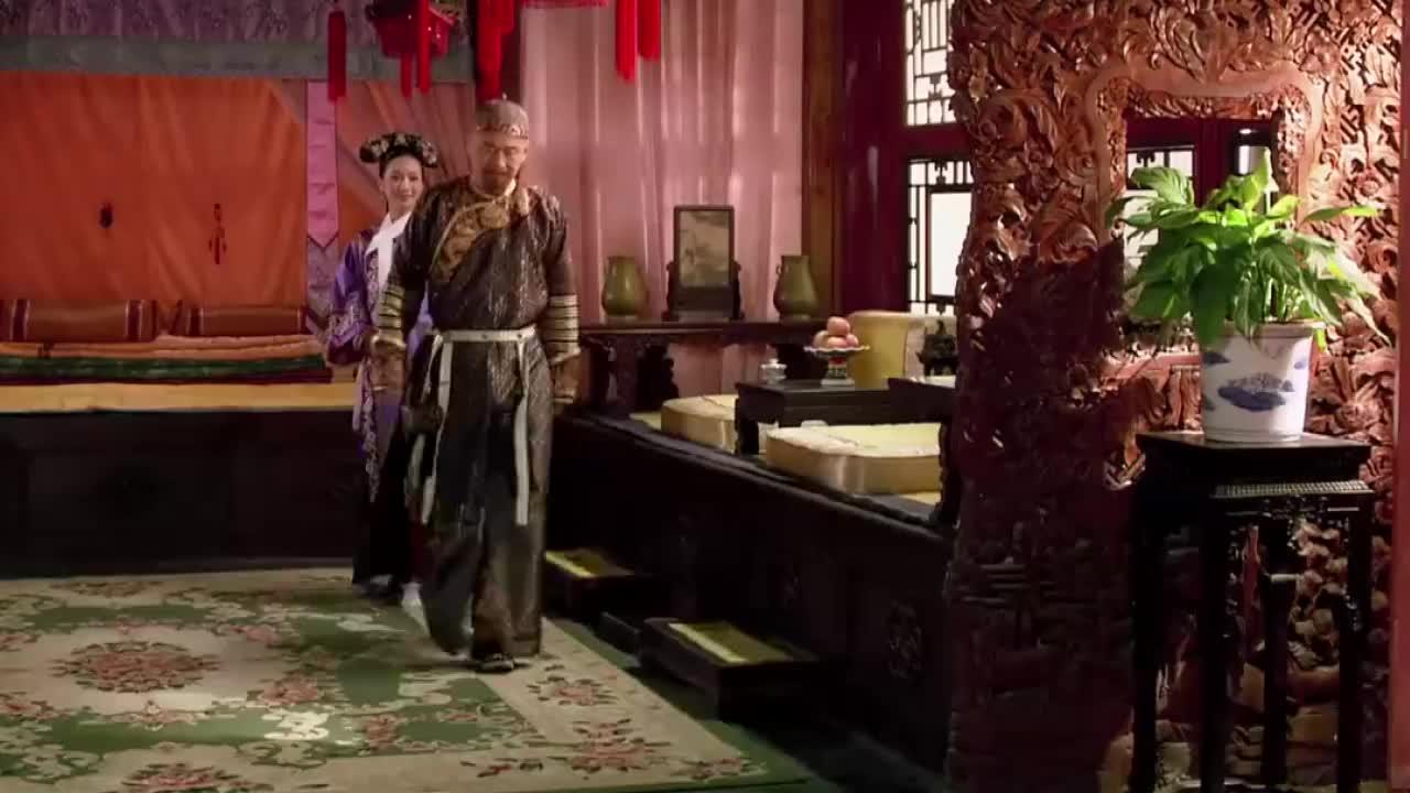 甄嬛传:皇上刚走,安嫔就开始发作疼痛,这可把丫鬟们给吓坏了!