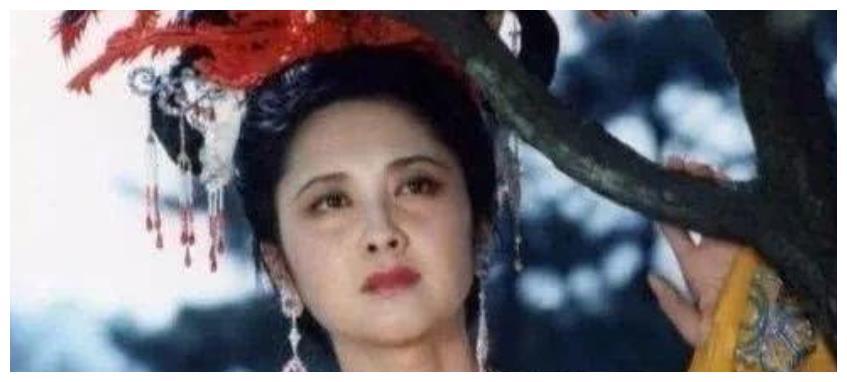 """拍西游记时,女演员羞于露肚脐,导演用这个方法""""骗""""了观众30年"""
