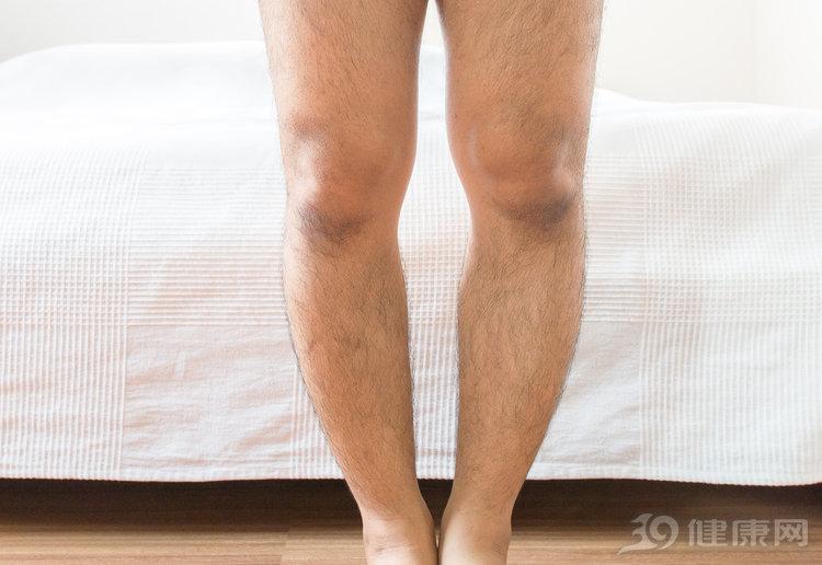 有些男性腿毛旺盛像穿了秋裤?代表性能力好吗?医生:那可未必