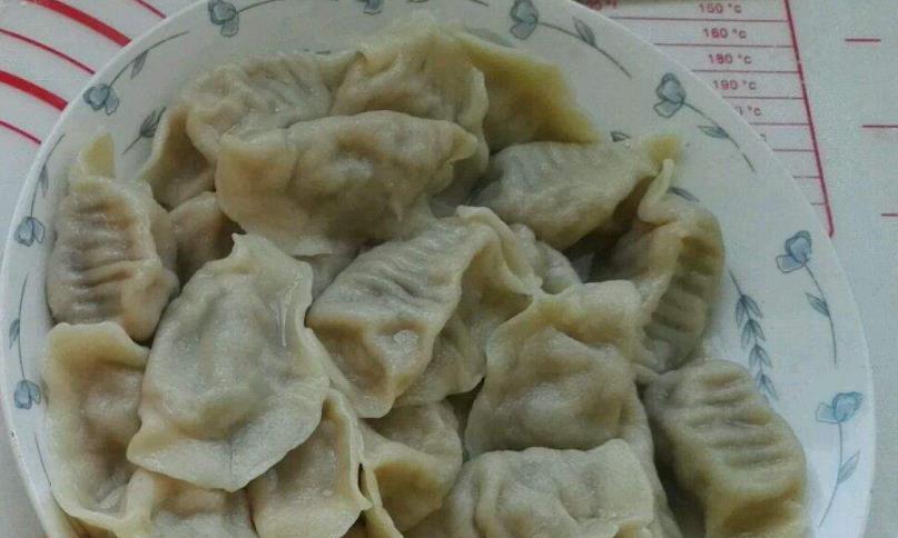 味道独特的酸青瓜羊肉饺子,很适合天冷的时候吃,暖心又暖胃