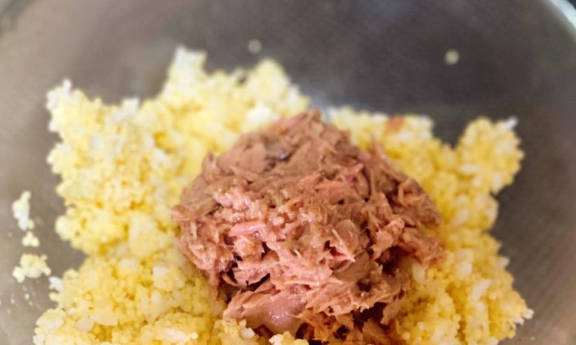 金枪鱼海苔饭团,便携还好吃的便当,制作起来其实很简单