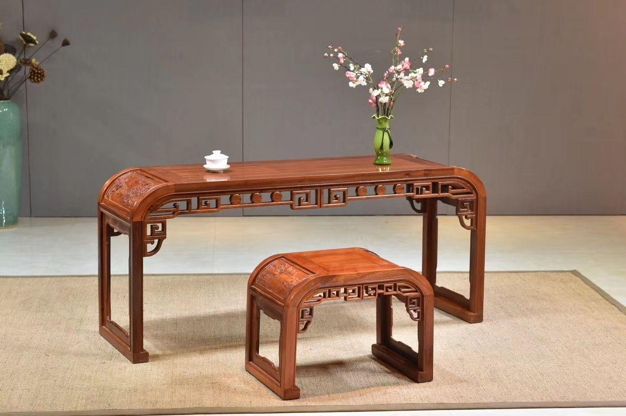 品名:琴案 材质:大果紫檀 尺寸:148/45/46桌 55/38/42椅