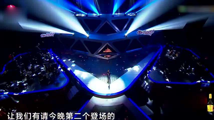费玉清演唱张韶涵的《隐形的翅膀》,清新的唱法,别有一番风味