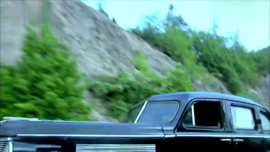 狐影:汉奸劫持厅长逃跑,怎料老头跑得比汽车还快,这下好看了