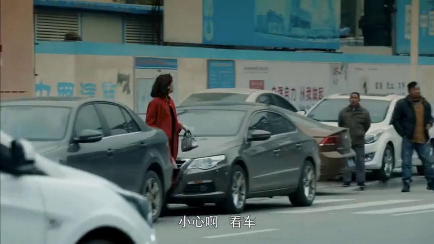 视频:在骑机车的人眼里,奔驰大G就是垃圾