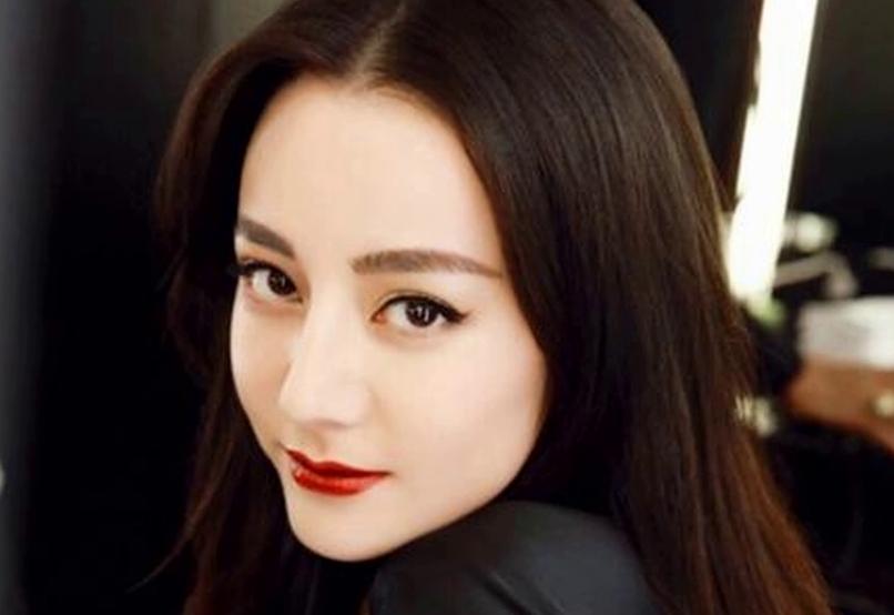 迪丽热巴:我想挑战演坏女人,化妆师:那先试个浓妆
