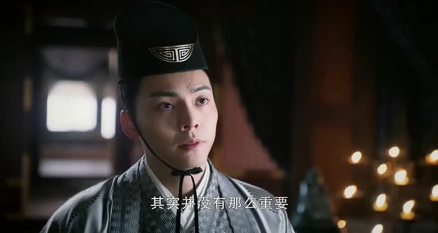 凌王可怜五弟的儿子,请求父皇让五弟葬归皇陵,善良了