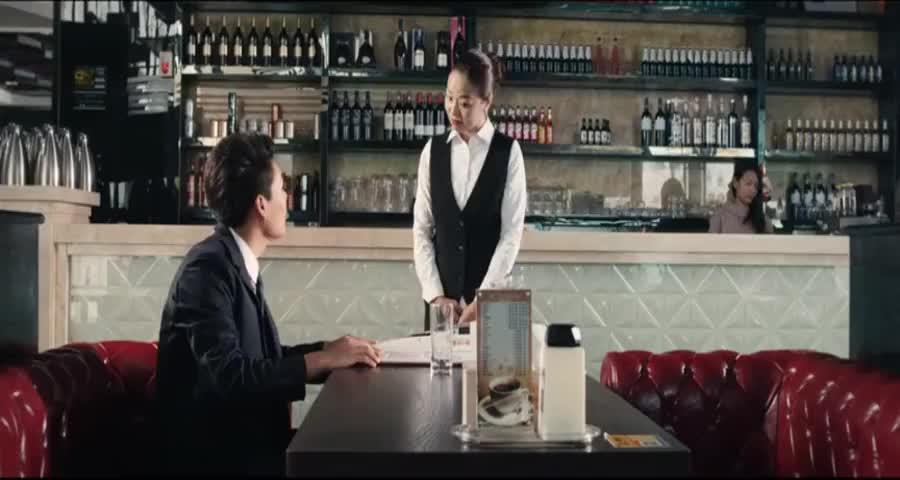 小伙相亲遇上渣女,开口就是别墅宝马,不料小伙的手段更高明