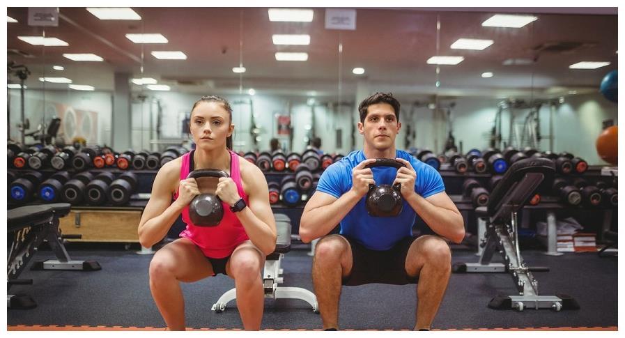 居家腿部训练,不但可以修饰双腿线条,还能保护关节增强骨密度