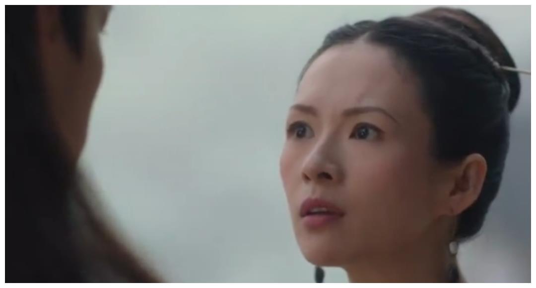 别的演员装嫩会获赞,章子怡扮15岁少女之后,为何嘘声一片