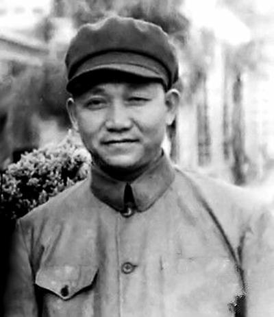 115师代理师长陈光,论资历足可授大将,但为何在授衔前自焚?