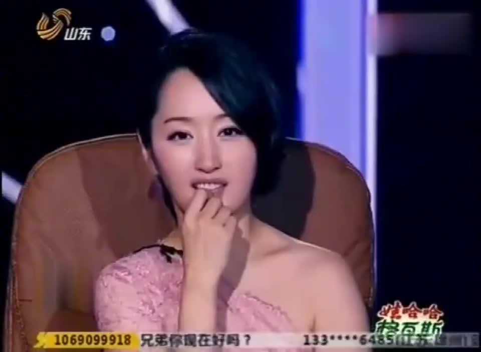 """大衣哥朱之文上台,韦唯和杨钰莹为之一震,王杰时不时""""冷笑"""