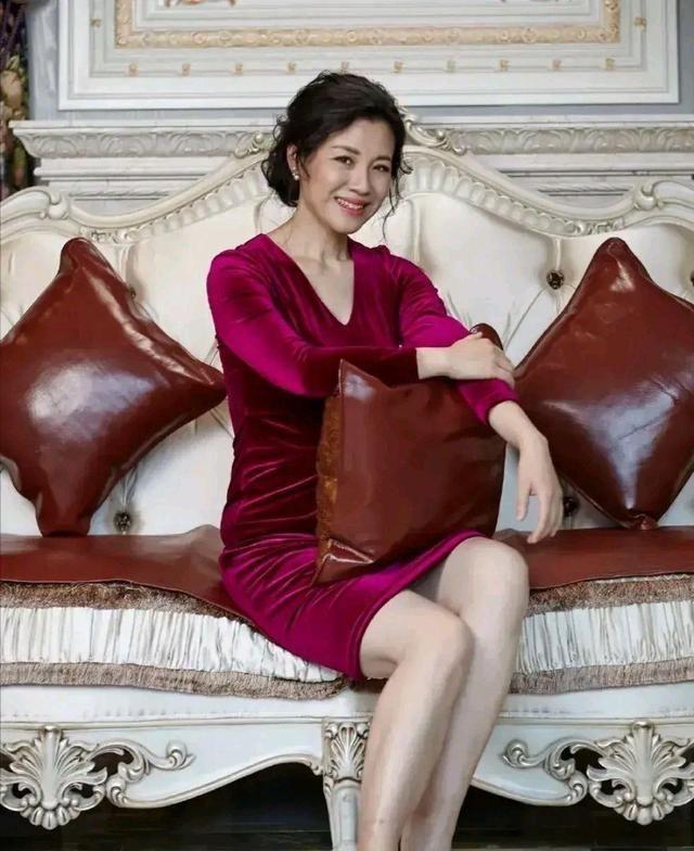 美丽奢华有内涵的女神刘琳