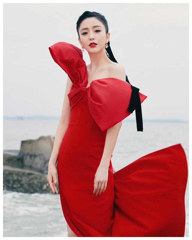 佟丽娅成功追星刘德华不忘向贾玲炫耀!看到贾玲回复:情商高!