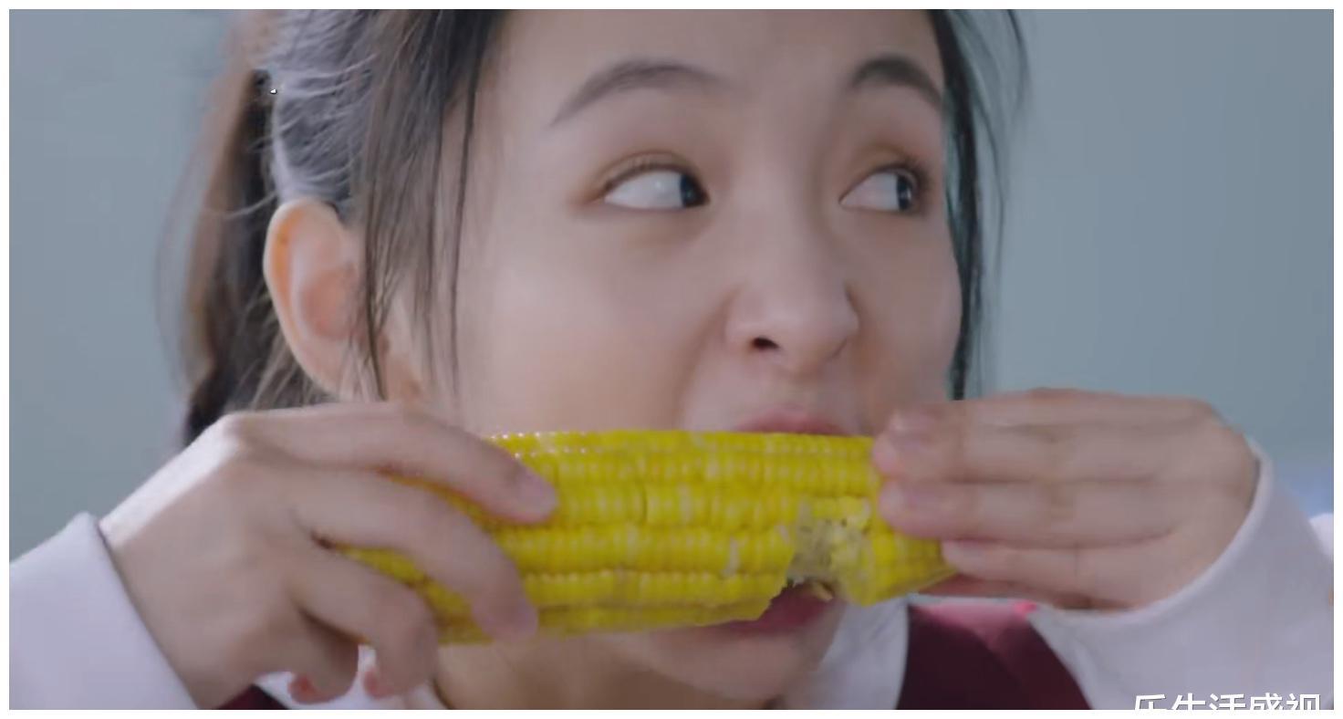 《冰糖炖雪梨》万万没想到武大靖还有这样的技能,棠雪啃玉米险胜
