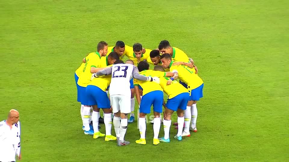 内马尔对阵塞内加尔集锦,突破过人造点球成就国家队百场纪录!