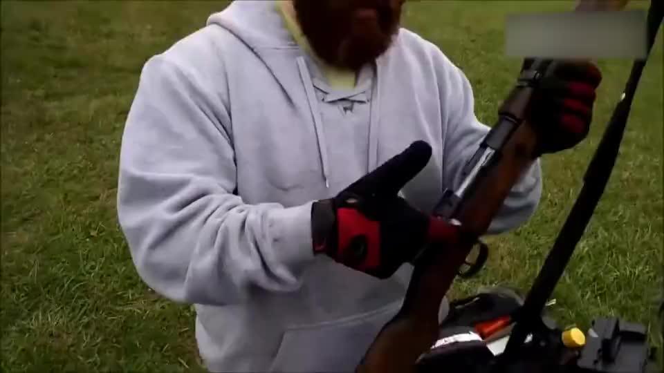 试射古董级毛瑟M1893步枪,经过岁月洗涤拉栓更顺滑了