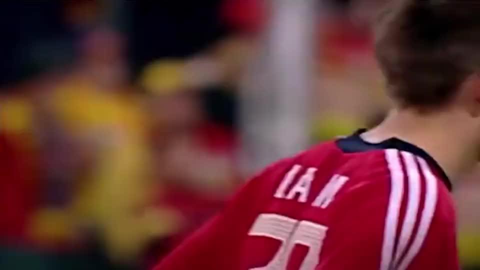 2002年,拉姆和施魏因施泰格拜仁首秀,也是两段传奇的开始