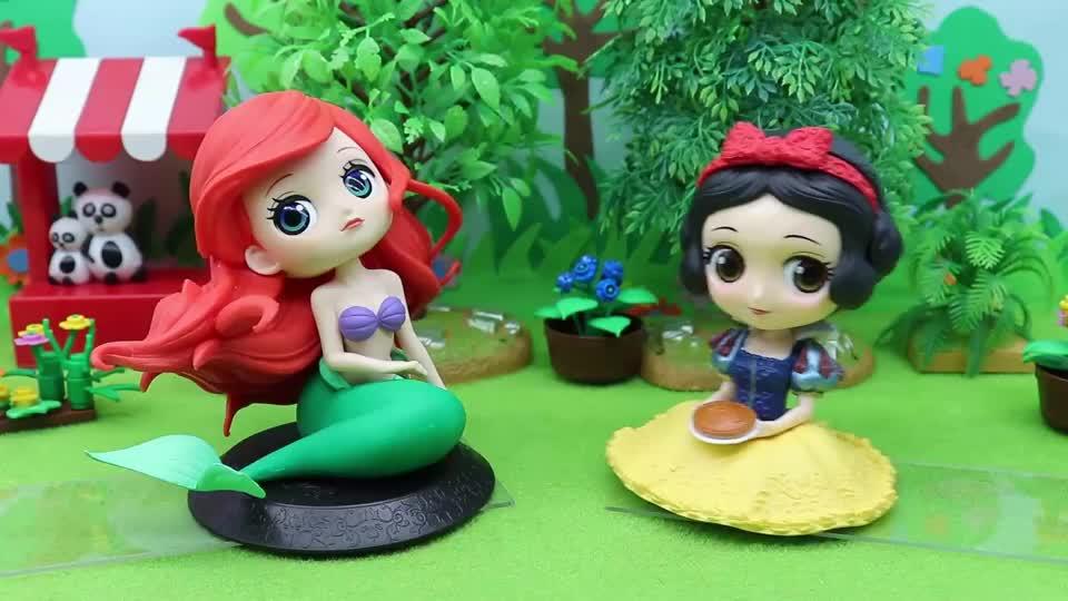 亲子早教宝宝玩具:人鱼公主想到岸上玩,可是没有腿,怎么办?