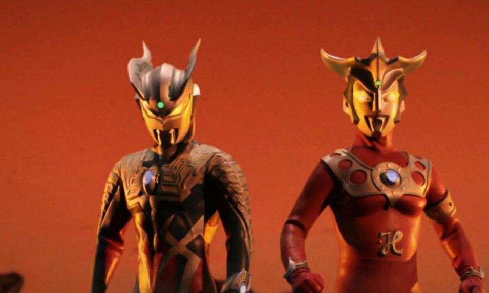雷欧和迪迦两个超人气王到底谁更胜一筹