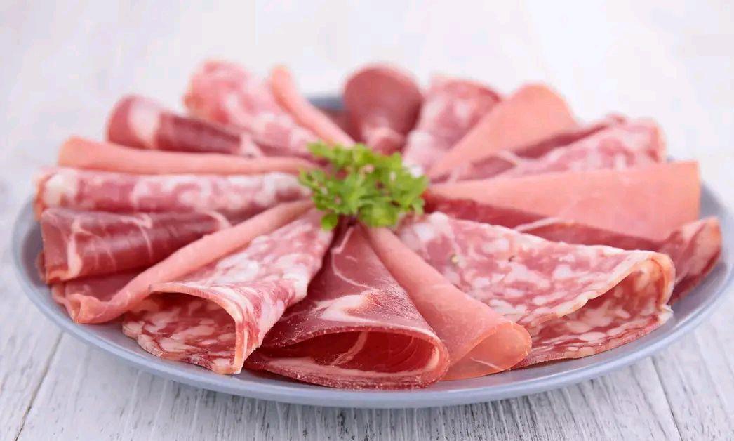 """到底""""培根肉""""是什么肉?叫出它的""""小名""""后,吃货表示:太俗了"""