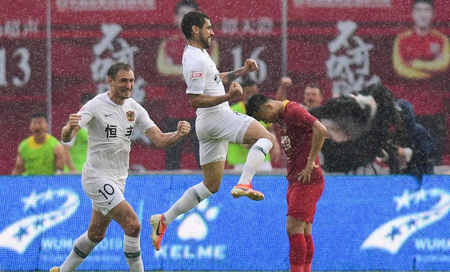 足球——中甲:长春亚泰胜贵州恒丰