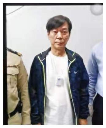 澳门黑帮教父水房赖在柬埔寨被捕!落泊睡帆布床照曝光
