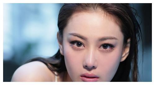 张馨予怼键盘侠,承认原名叫张燕,反问谈过恋爱就没资格当军嫂吗