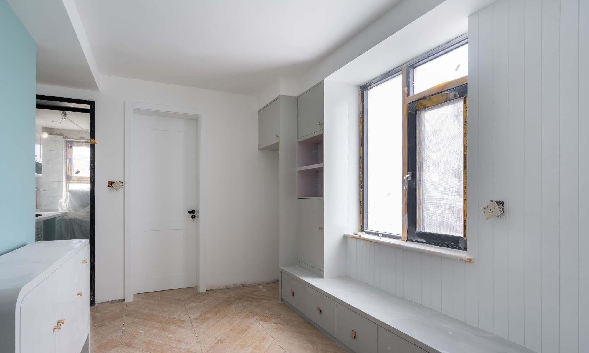 厨房水槽下装镂空网格柜门,反而更好用了!透气防潮外观也漂亮