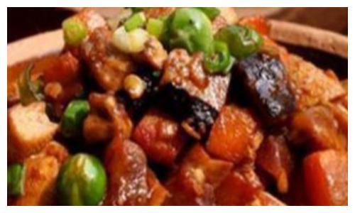 妈藕片、酱味香菇、蒜末生菜这几道家常菜的做法
