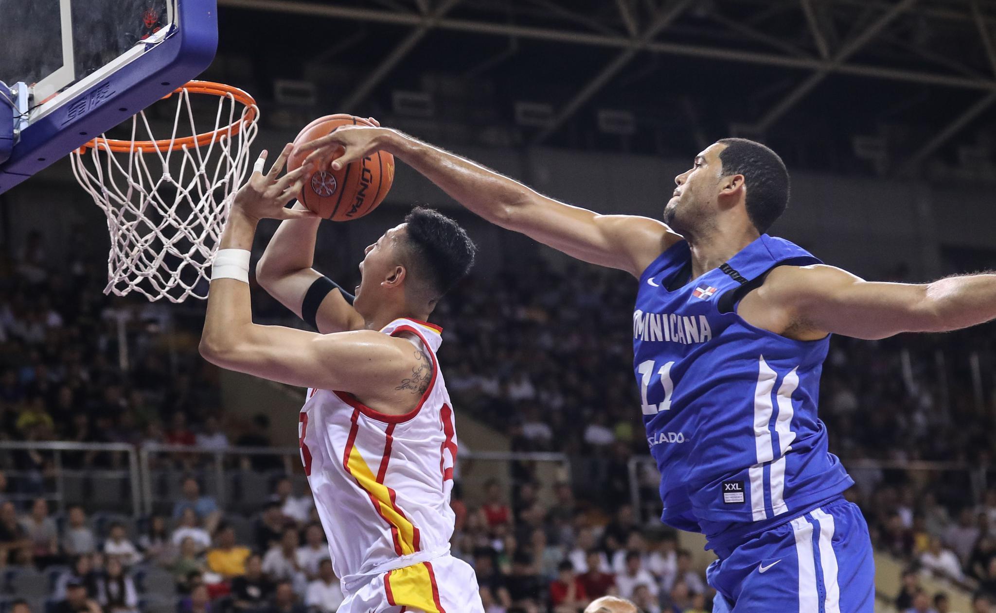 篮球——苏州八国争霸赛:中国国奥队不敌多米尼加队