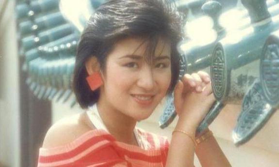 吴君如陈可辛同居24年,女儿都14岁了,两人为何还不结婚