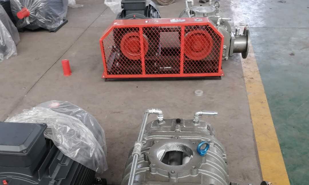 安装罗茨鼓风机时外在环境要求和皮带松动或破损的安装方法