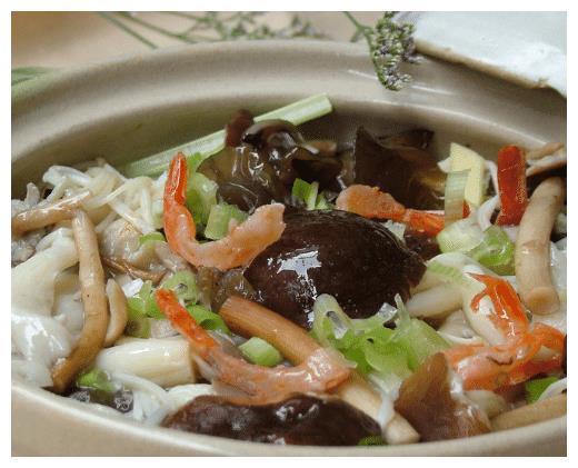 菌类爱好者的福利,十几种的杂菌煲,好吃好吃好吃!
