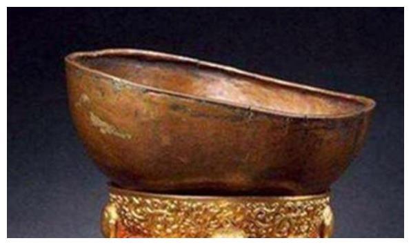 宋理宗的头骨被敌人制成酒杯,把玩近百年,朱元璋的做法让人佩服