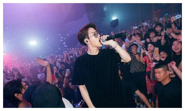 王嘉尔新歌100ways评价高吗 获双榜第一并出现在多个国家官方歌单