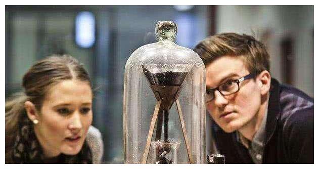 沥青滴头的试验已经进行了近70年,显示了中外科技的差距