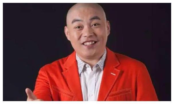 """赵本山徒弟程野被""""全网通缉"""",电影全下架,连师傅都没法救他!"""