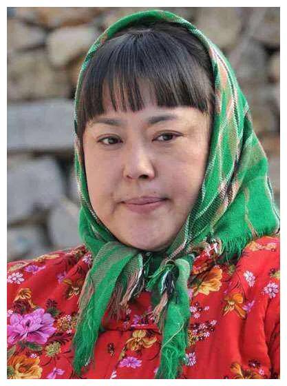 李菁菁,一个从内蒙古大草原走来的倔强女人!
