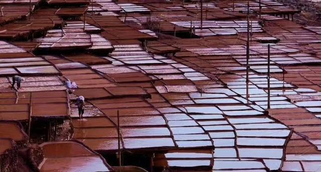 颠藏交界处这个关于盐巴的景点,将惊艳你的双眼