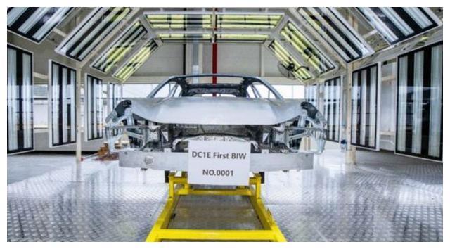 采用轻量化设计 续航超700公里 领克ZERO concept白车身下线