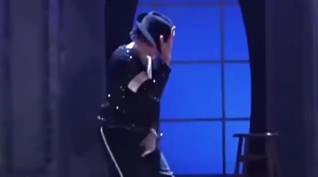 舞王杰克逊最酷的戴帽子和太空步