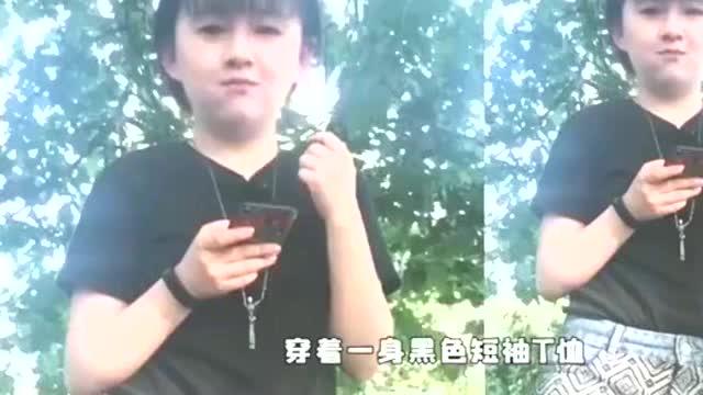 4岁时清纯可爱的小彩旗21岁胖成路人姨妈杨丽萍对她已失控制