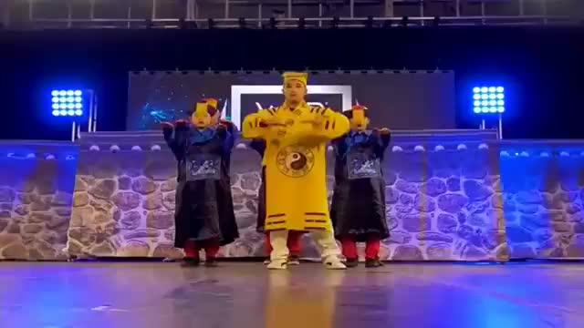 世界级的街舞,中国僵尸都跳到美国去了,这场面也太酷看吧