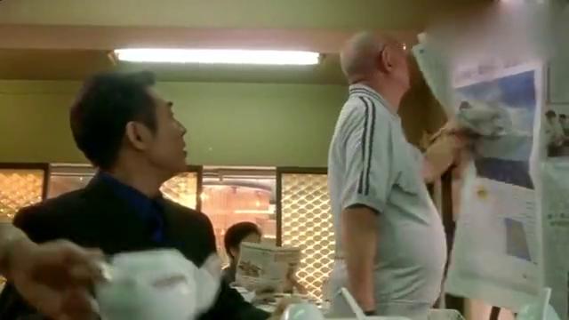杀手之王:李连杰去餐厅吃饭,还没吃完就又点了一大桌,太逗了!
