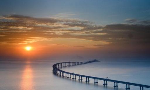 """中国曾耗9亿搭的桥梁,现成为中国最""""孤独""""的桥,一直在亏损"""